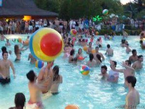 Beach Party Wild Water Kingdom_lovethiscitytvtoronto_toronto